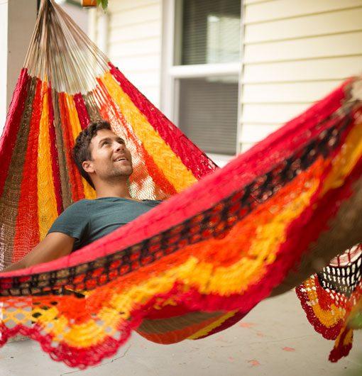 lying-straight-upright-in-hammock